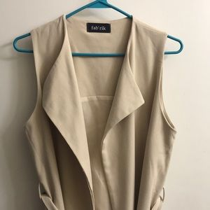 Fab'rik- belted sleeveless duster